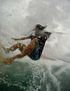 My amigo Raul, shredding some waves in France